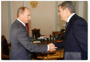 Arsen Kanokov y Vladímir Putin