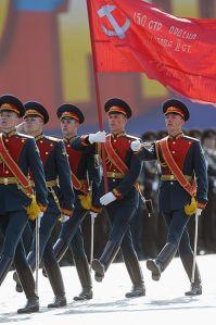La Bandera de la Victoria en el Desfile de la Victoria de 2010, Moscú