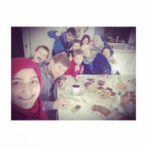 selfi con la famili - titula selfiiiiii
